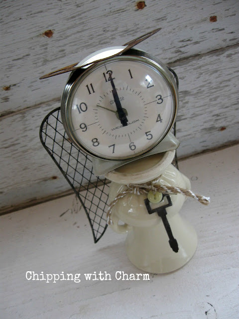 Chipping with Charm: Repurposed Clock and Vase Angel...www.chippingwithcharm.blogspot.com