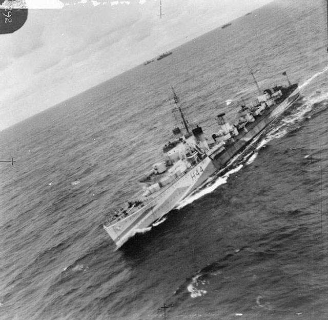 HMS Highlander at sea, 31 May 1942 worldwartwo.filminspector.com
