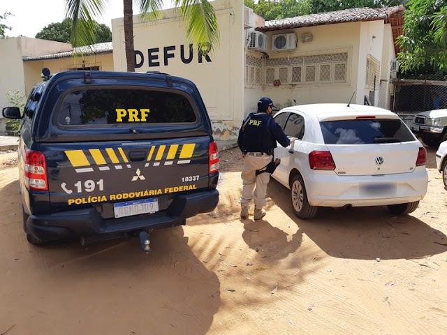 PRF recupera veículo apropriado indevidamente e prende homem em Mossoró, RN