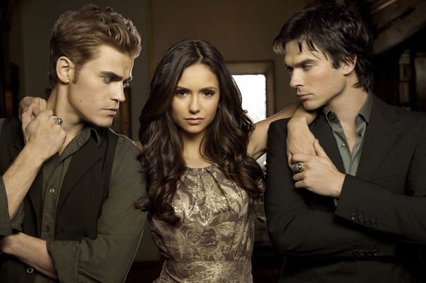 Nina Drovev, Ian Somerhalder y Paul Wesley de 'The Vampire Diaries'