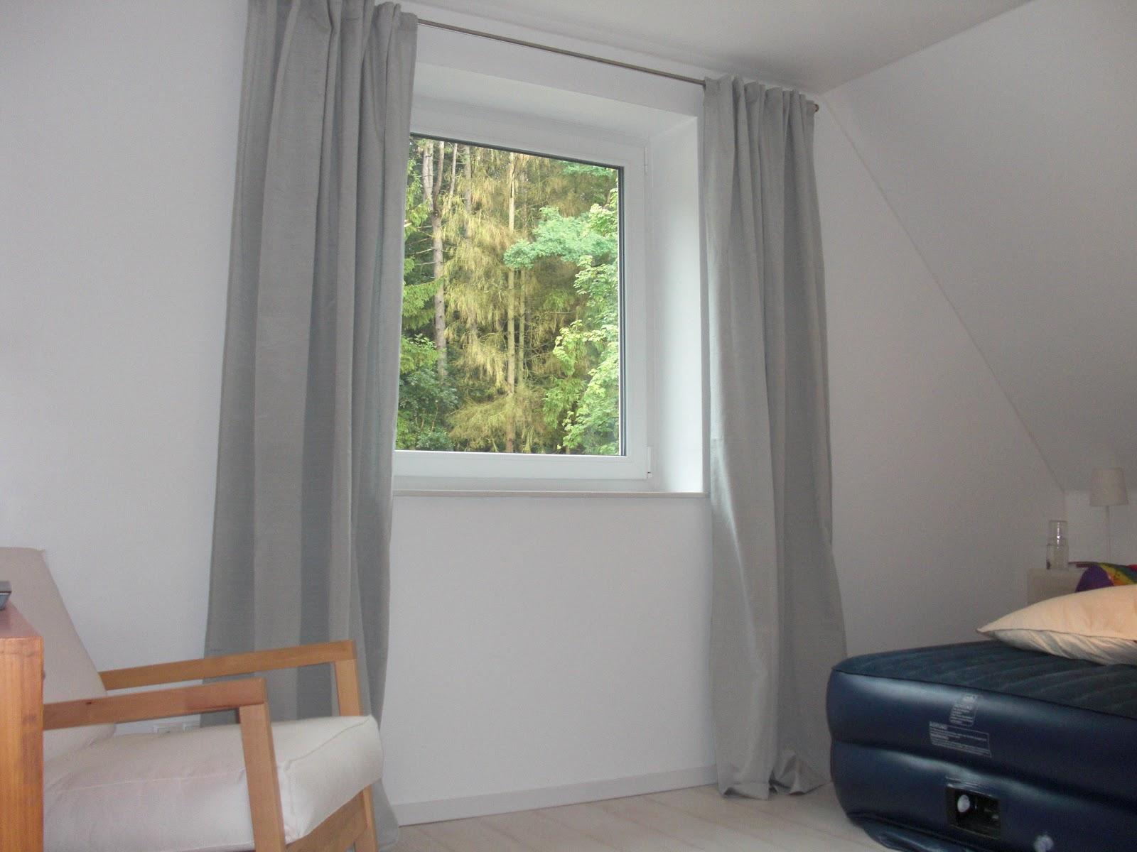 heim elich g stezimmer vorh nge lampe. Black Bedroom Furniture Sets. Home Design Ideas