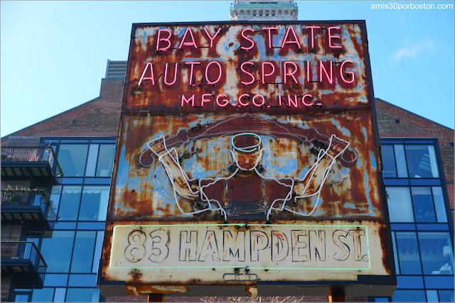 Rótulo de Neón del Bay State Auto Spring de Roxbury