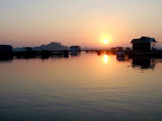 Indahnya Lokasi Tempat Wisata Danau Ranu Grati