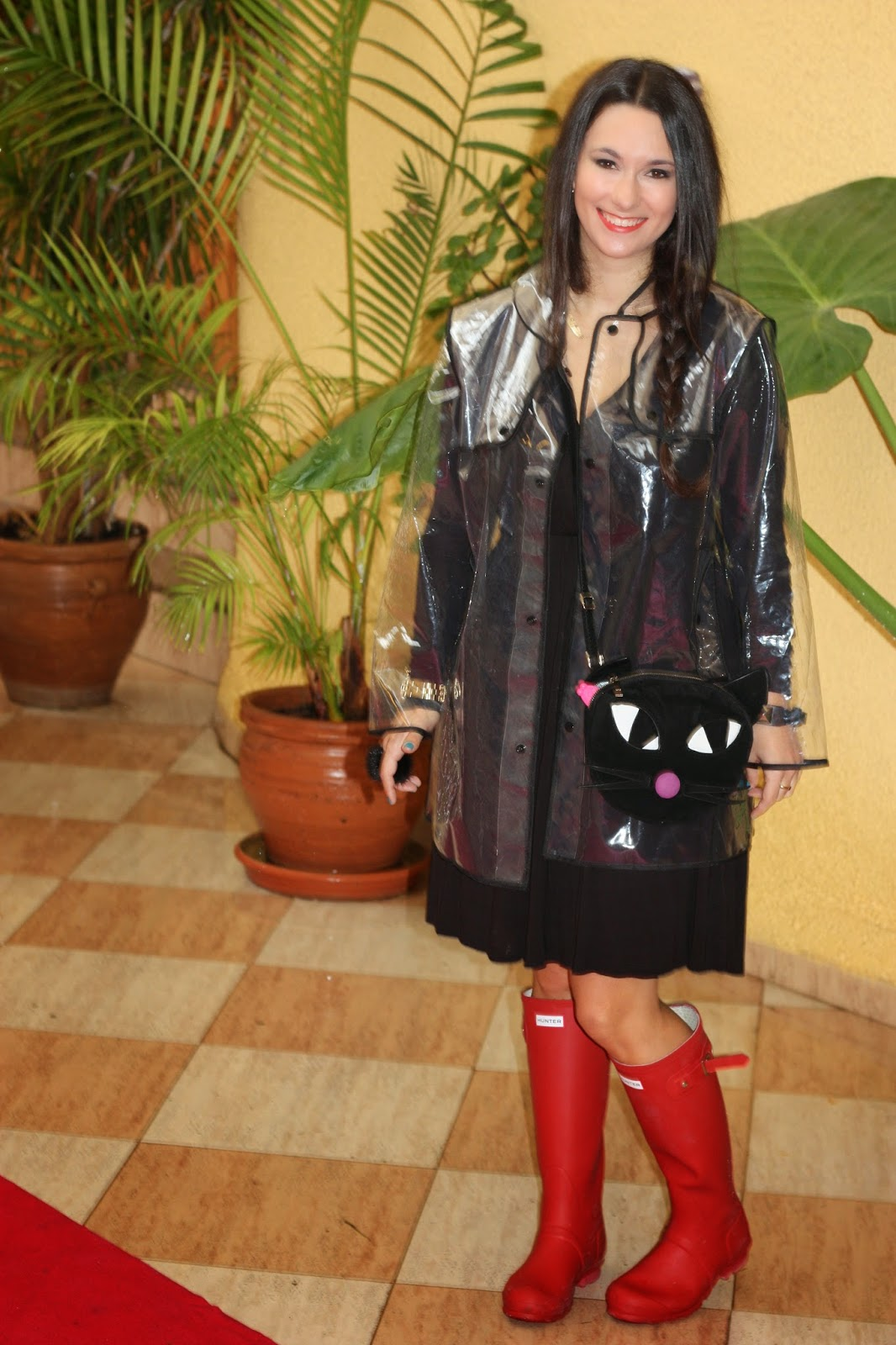 http://silviparalasamigas.blogspot.com.es/2014/12/impermeable-transparente.html