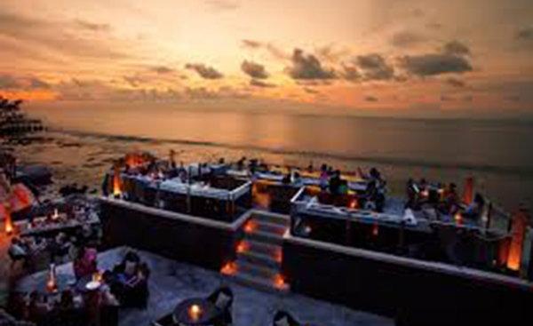 巴厘島,從來不只陽光沙灘這麼簡單-Rock Bar