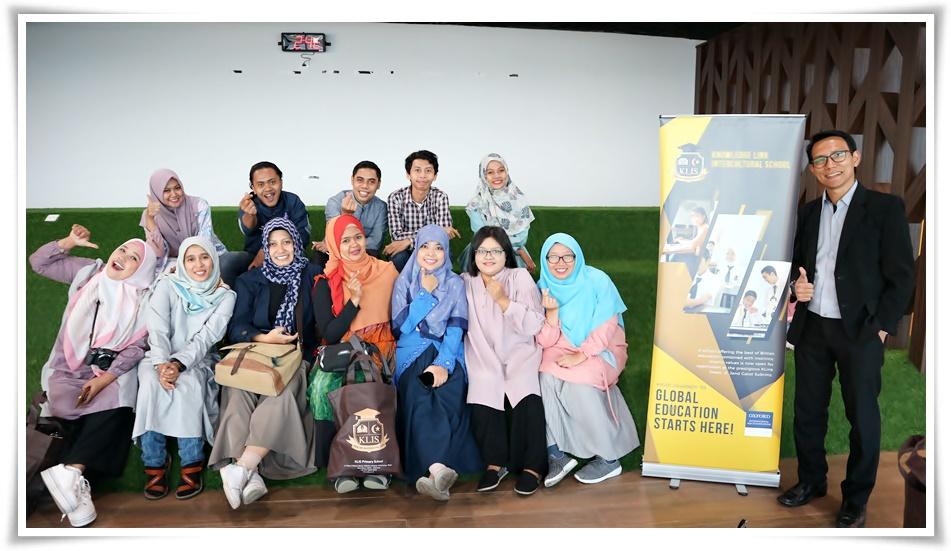 Blogger mengunjungi tempat tes MUET Malaysia di KLIS Jakarta
