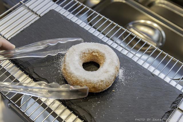 MG 1921 - 熱血採訪│六月小米甜甜圈,市場內的清新小攤車,吃得到少見的鹹鹹圈,更有深夜限定的炙燒甜甜圈!