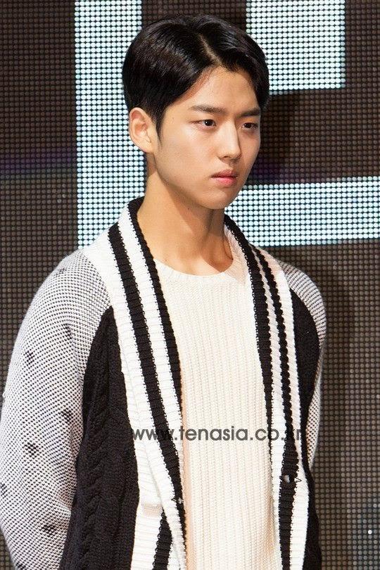 Mix & Match | YG IKON: Yang Hongseok (Photos)