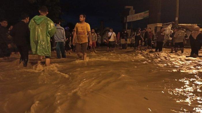 Banjir Terjang Kawasan Tanjung Selamat Deliserdang, 500 KK Terdampak, 2 Orang Meninggal