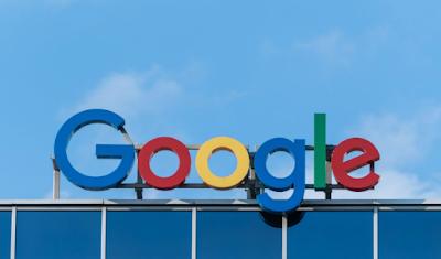 Tak Perlu Gelar Tinggi untuk Bekerja di Google atau Apple