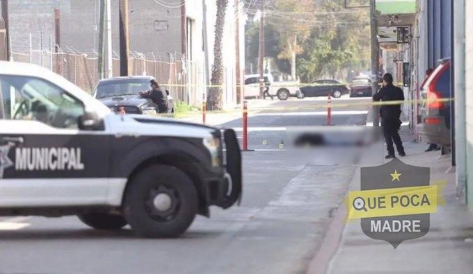 En Tijuana Sicarios ejecutan a hombre mientras cargaba a su hija de 6 años y la hieren de gravedad