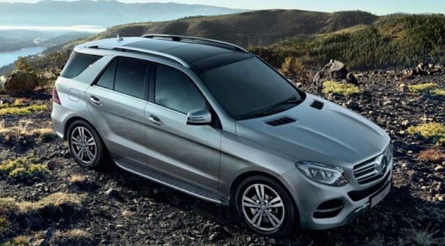 Mercedes-benz has start taking booking to new GLE in india.