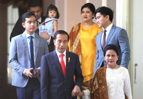 Muslim Arbi: Perpanjang Masa Jabatan Presiden Jadi Jalan Trah Jokowi Gantikan Trah Soekarno