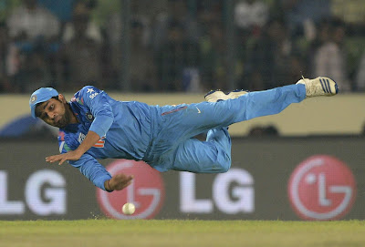Famous Cricketer Rohit Sharma new stylish images