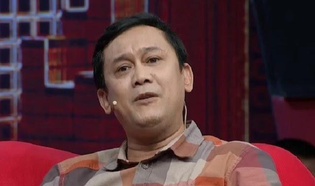 Denny Siregar Nyinyir Rocky Gerung: Akhirnya Hijrah, Semoga Amanah