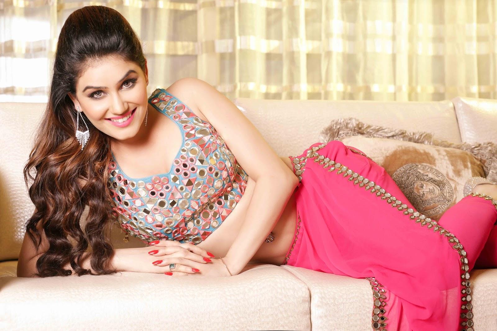 Kangna Sharma hot pics, Kangna Sharma navel, Kangna Sharma hot photoshoot, Kangna Sharma wallpapers