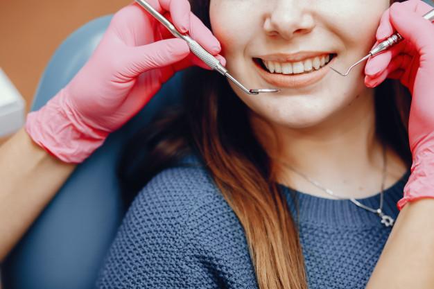 Menjaga Kesehatan Gigi dan Mulut Bagian dari Mempercantik Diri