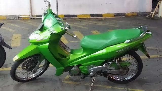 Kawasaki ZX130 AN130 hijau