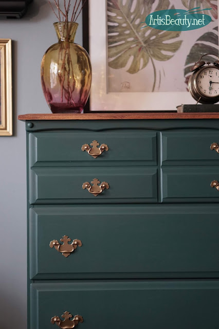 Outdated Dresser Makeover Using General Finishes New Color Westminster Green and Mahogany Gel stain DIY