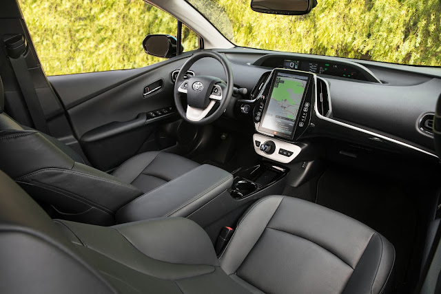 Interior view of 2017 Toyota Prius Prime interior