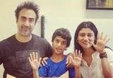 रणवीर शौरी अपनी पत्नी और बेटे के साथ
