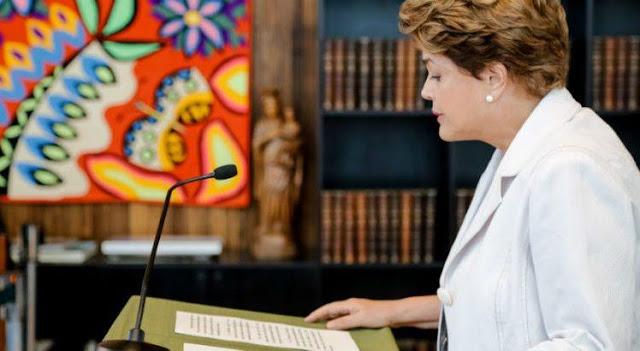 Dilma propõe plebiscito sobre eleição presidencial