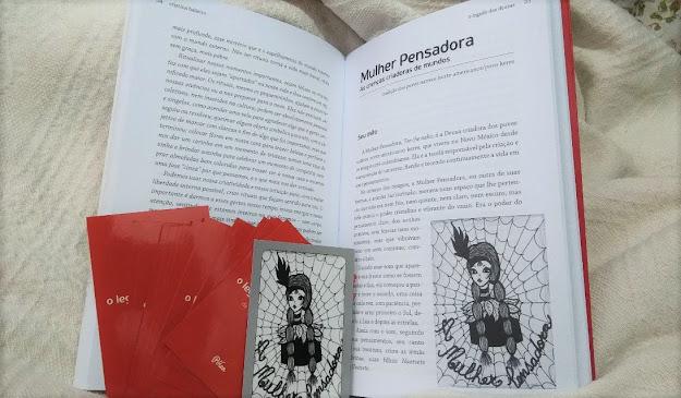 Miolo e cartas do livro O legado das deusas, de Cristina Balieiro. Deusa: A mulher pensadora.