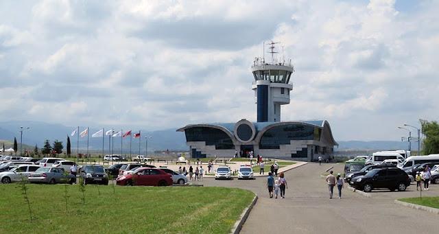 Stepanakert dice que abrir su aeropuerto es un derecho soberano
