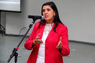 Vice-governadora abre oficialmente as matriculas da Rede Estadual de Ensino