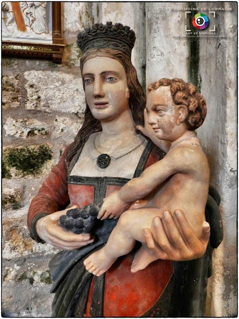CHAMPOUGNY (55) - Vierge à l'Enfant (XVIIe siècle)