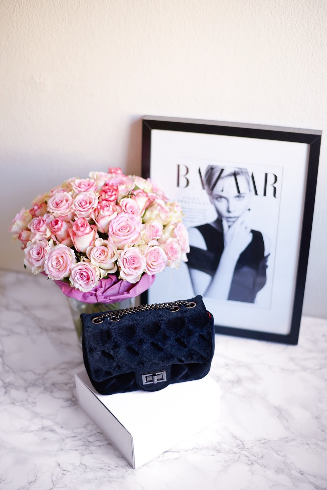 what you should carry in your bag_5 things every girl should have in her handbag
