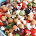 Μια ιδέα για καλοκαιρινή σαλάτα με ρεβύθια