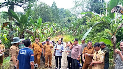 Dilaporkan LSM Terkait Dugaan Bangunan Fiktif, Komisi 1 DPRD Nias Sambangi Desa Hilimoasio.