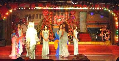 Myanmar nightlife girls in action