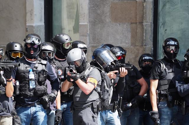 Justice pour Steve ? (Nantes le Samedi 3 Août) / Emeric Cloche