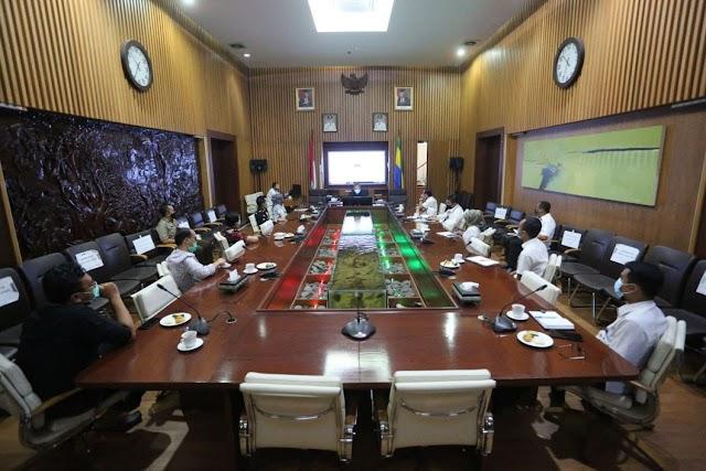 Wali Kota Bandung Apresiasi KPU Mengedukasi Kaum Milenial Agar Melek Politik