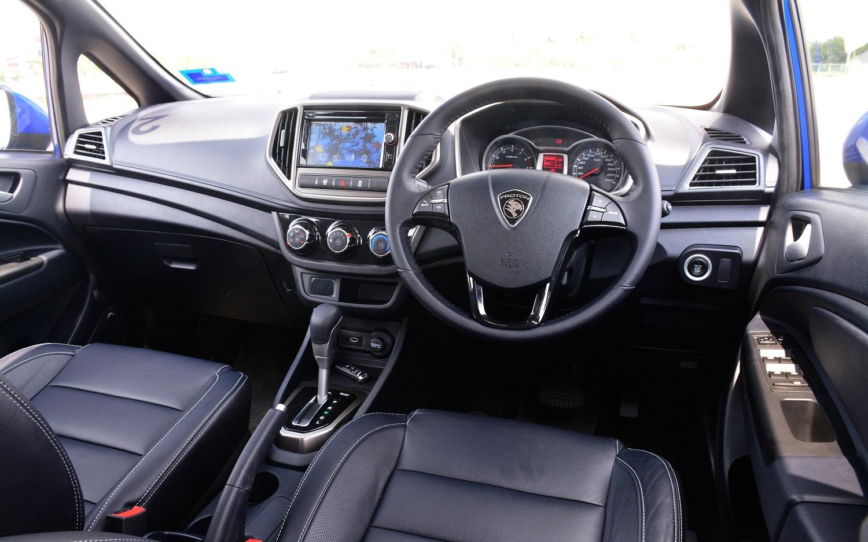 Proton IRIZ stering interior black front seat
