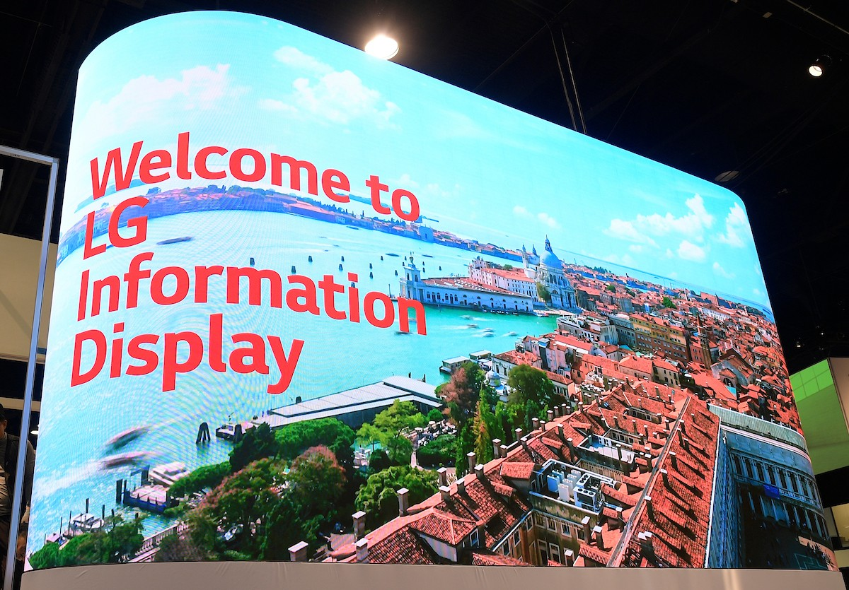 LG Impresses with New Business Solutions Innovations Led by Micro LED Signage