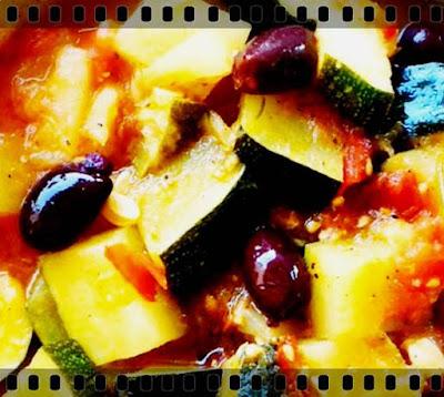 Salata de dovlecei a la grec simpla si usoara