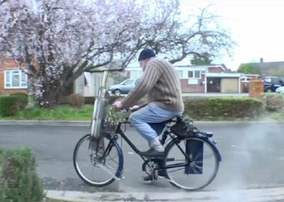 """Το ποδήλατο """"Hudspith"""" κινείται με ατμό (vid)"""