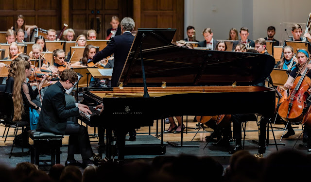 Rachmaninov: Rhapsody on a Theme of Paganini - PAvel Kolesnikov, Jan Latham-Koenig, Britten-Shostakovich Festival Orchestra - Cadogan Hall (Photo Luke Toddfrey)