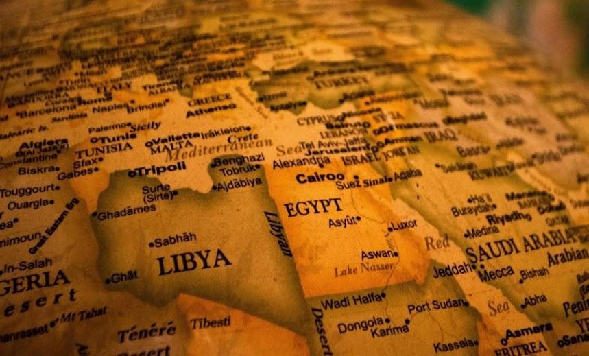 Ερωτηματικά από το... φάλτσο του Καΐρου