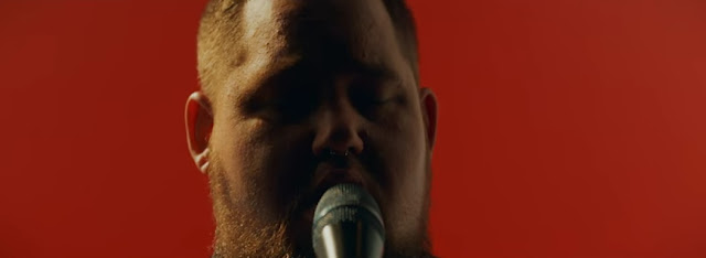 "Rag'n'Bone Man performs ""Grace"" For Vevo UK"