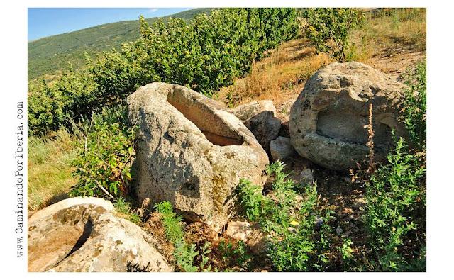 Caminando por iberia for Baneras pequenas roca