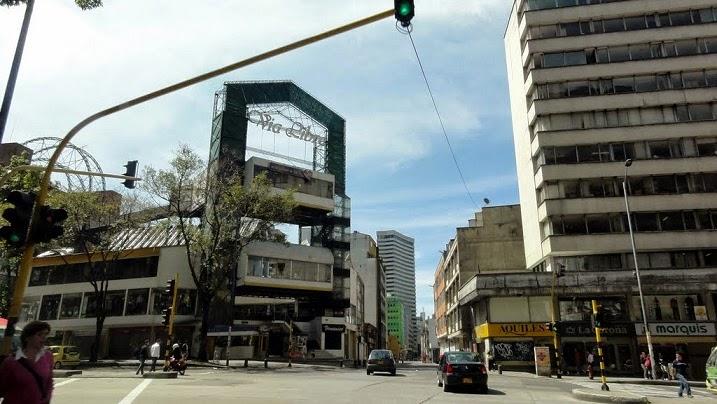 Centro Comercial Vía Libre