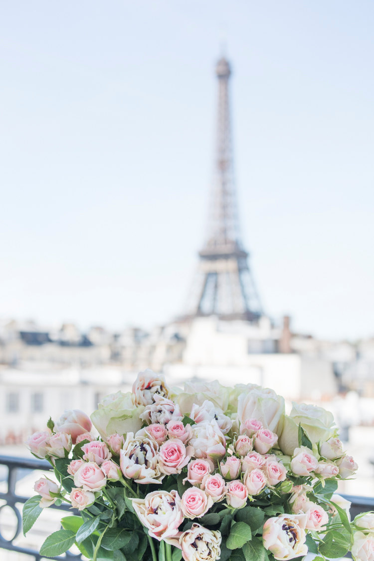 paris balcony pink roses bouquet tour eiffel tower view