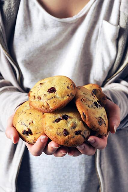 https://doriannn.blogspot.fr/2017/01/vous-prendrez-bien-un-ptit-biscuit-pour.html