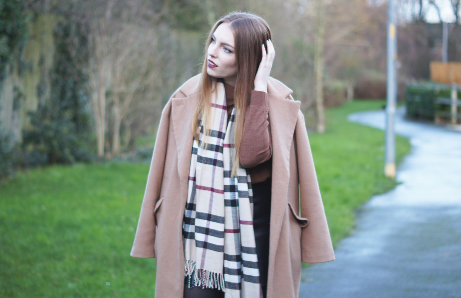 check burberry scarf camel coat