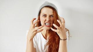 Öfke ve Baş Etme Yolları Öfke nedir? Nelere sebep oluyor? Öfke kontrolü nasıl sağlanır? Öfke doğaldır Sağlık Haberleri Öfke Kontrolü Tedavisi Öfke ve öfkeyle baş etmenin on yolu Ruh Sağlığı Haberleri Öfke Kontrolü Testinden Geçebilecek misin? Öfke Bizi Nasıl Hasta Eder? Aklınızı Keşfedin Öfke Nasıl Kontrol Edilir Öfke Yönetimi Öfke Kontrolü İçin Bilmeniz Gereken Tek Şey
