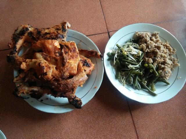ayam panggang Bangi;Ayam Panggang Bangi, Sensasi Kuliner Kediri;